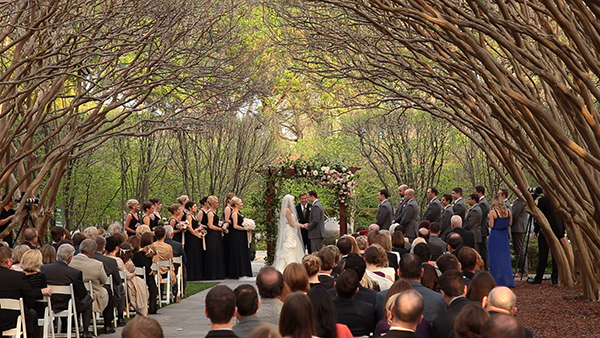 Garden Wedding in Crape Myrtle Allee Dallas Aboretum